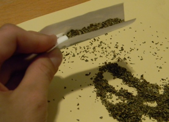 roll_a_joint_fill_paper