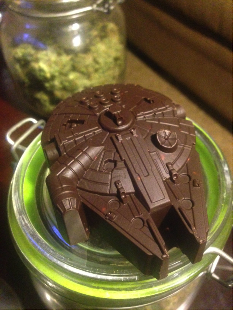 Weed Millennium Falcon