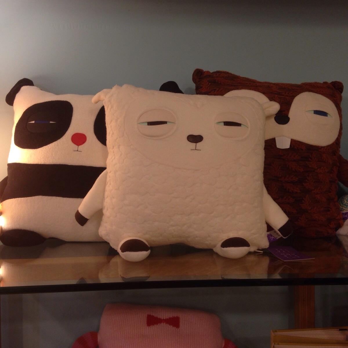 pillows that look high
