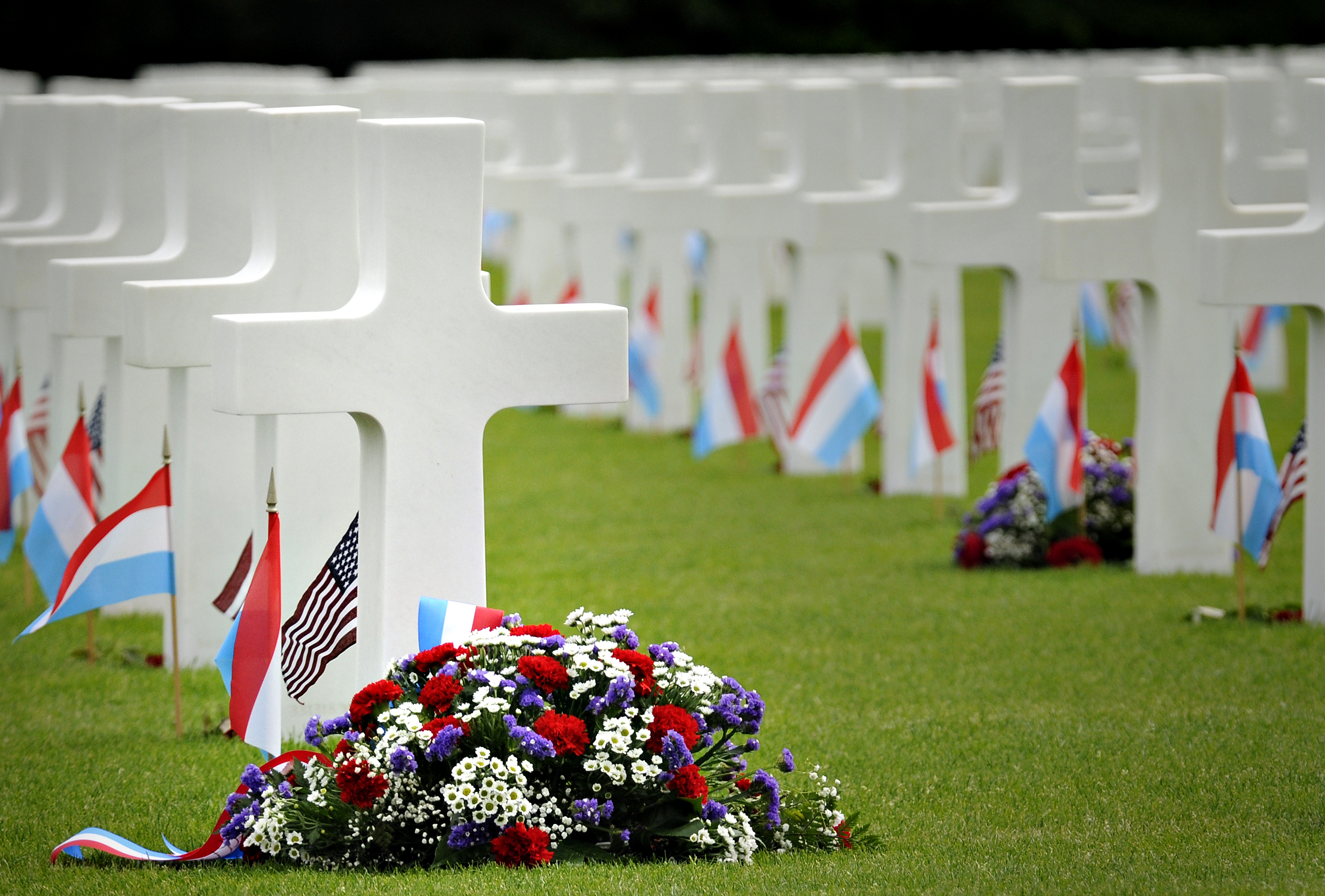 Memorial_Day_commemorated_in_Luxembourg_100529-F-3074W-589